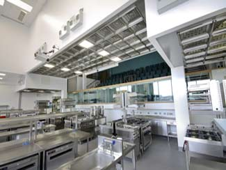 Ventilated ceiling system at Belfast educational college